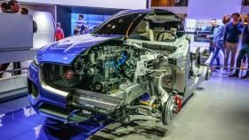 Der Jaguar F-Pace auf der IAA 2015