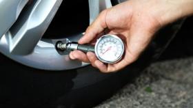 einfache-tricks-um-die-haltbarkeit-von-autoreifen-zu-erhoehen-280x158 Reifenwechsel - Was bei einer Reifenpanne zu tun ist