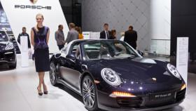 porsche-verzueckt-auf-dem-oldtimer-grand-prix-280x158 Porsche Cayenne: Bundesverkehrsminister erteilt Zulassungsverbot