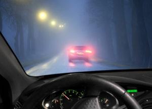 Nebelfahrt_Q_Depositphotos_33309725_C_PinkBadger_Depositphotos-300x215 Vorsicht! Lange Bremswege im Herbst