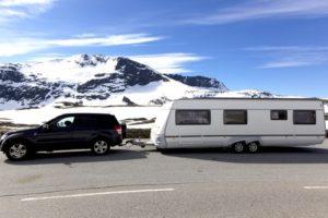 wohnwagen_im_winter-300x200 Winterurlaub mit dem Wohnwagen