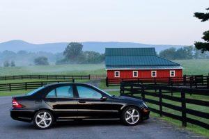 Auto-am-Zaun-300x200 Das eigene Auto verkaufen Ankauf-Anbieter als Alternative?