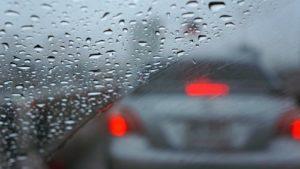 feuchtigkeit_im_auto-300x169 Tipps für Autofahrer: Was tun bei Feuchtigkeit im Fahrzeug?