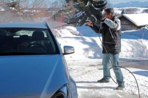 autowaesche_im_winter-300x200 Autowäsche im Winter - Fahrzeugpflege im Winter
