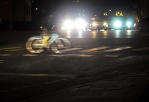 dunkelheit_im_strassenverkehr-300x206 Dunkelheit im Straßenverkehr - Risiken senken