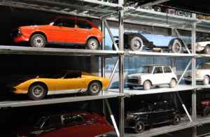 Oldtimer-in-der-Garage-300x196 Wie Ihr Oldtimer richtig überwintert