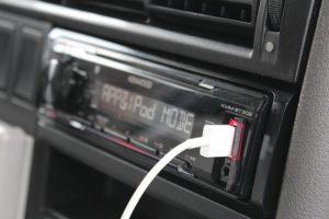 Autzoradio-300x200 Musik im Auto - Voraussetzungen für einen coolen Sound