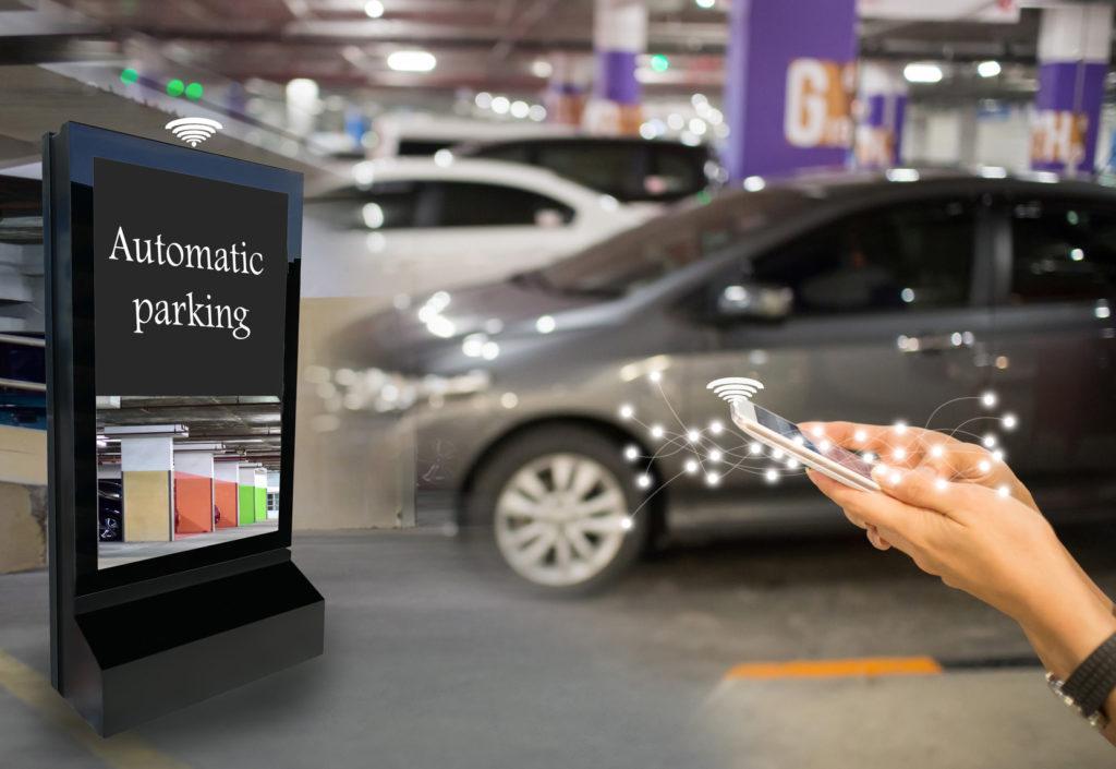 automatisches-parken-1024x705 Smart unterwegs: Digitale Innovationen für den mobilen Alltag