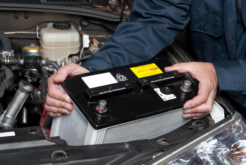 autobatterie-auswechseln Autobatterie wechseln – Funktion, Diagnose und Anleitung