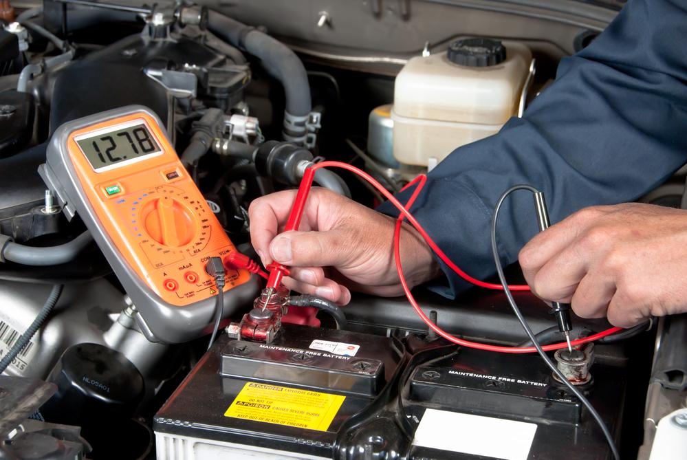 autobatterie-messen Autobatterie wechseln – Funktion, Diagnose und Anleitung