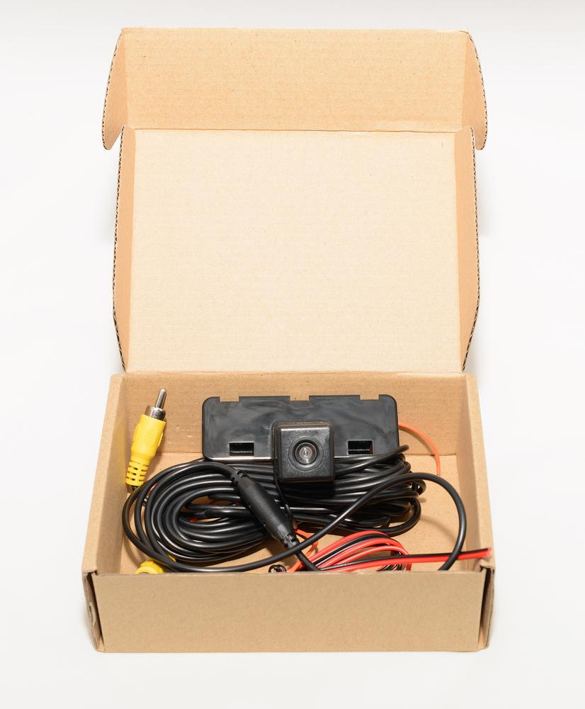 rückfahrkamera-karton Rückfahrkamera nachrüsten – rechtliche Hinweise und Anleitung zum selber einbauen