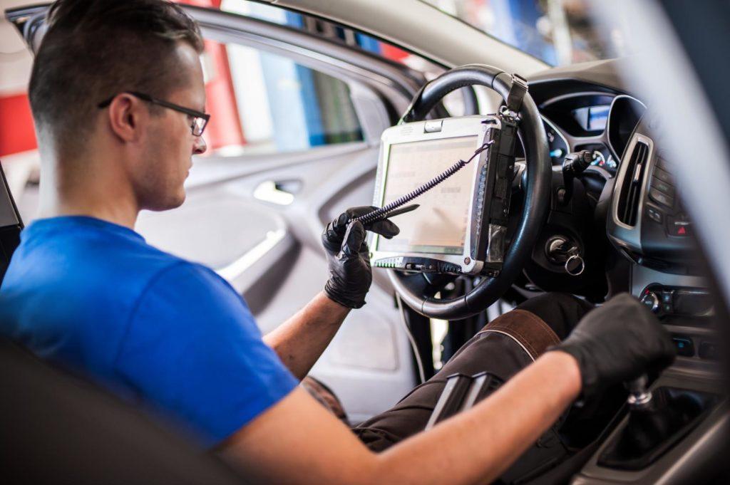 Bild-3-1024x681 Gebrauchtwagenmarkt 2035: Nach dem Kauf zum Software-Update?