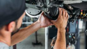 Titelbild-Antriebswelle-selber-wechseln-beim-Auto-280x158 Klimakompressor Ratgeber – Wissenswertes, Diagnose, wechseln