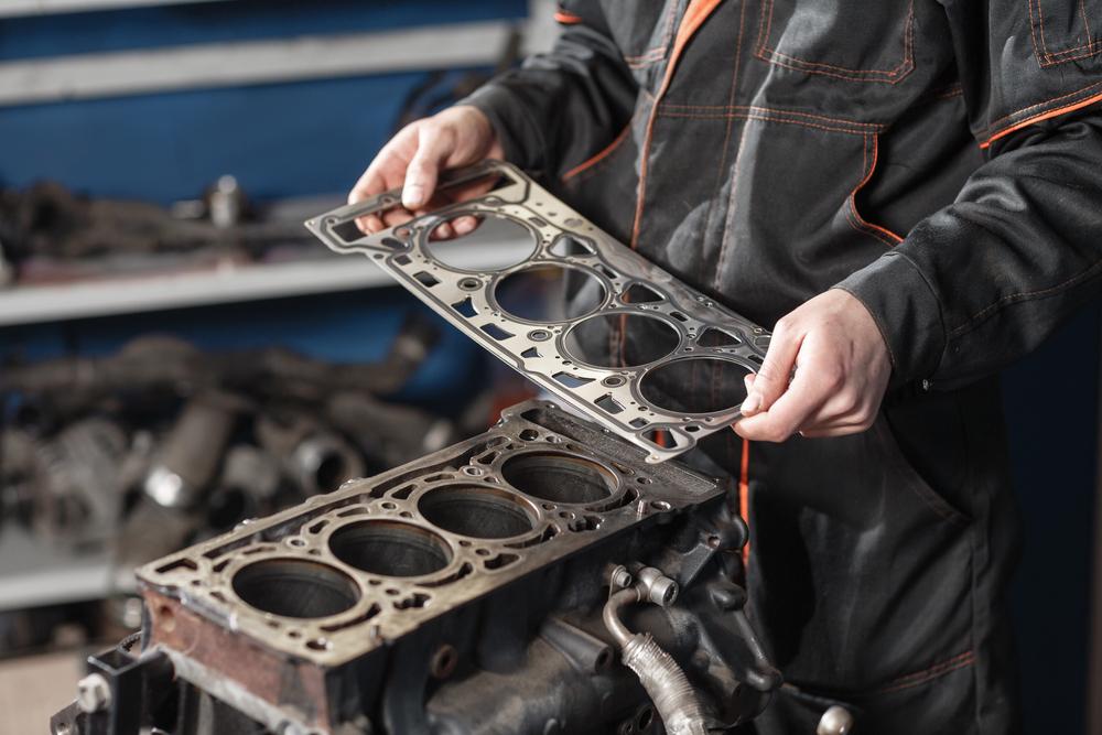 Titelbild-Zylinderkopfdichtung-zkd-motor-auto Zylinderkopfdichtung – Wissenswertes, Funktion und Ratgeber zum Wechseln
