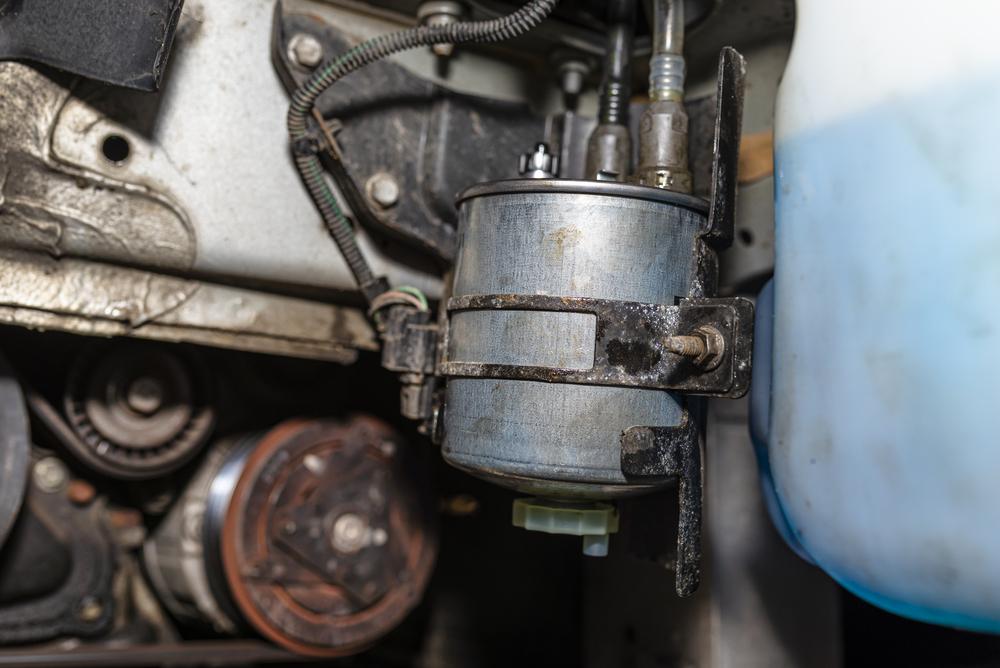 Titelbild-Kraftstoffpumpe-auto-wechseln Kraftstoffpumpe – Symptome, Diagnose und Ratgeber zum selber wechseln