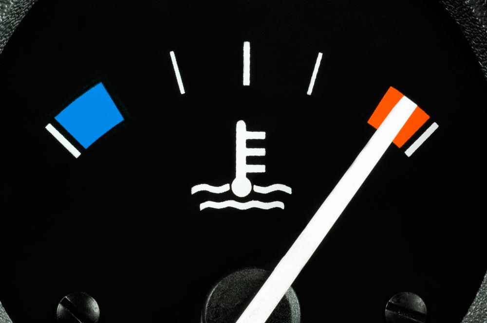 Bild3-Motor-zu-heiss-Motortemperaturanzeige-Auto Motor überhitzt – Häufigste Ursachen finden und beseitigen